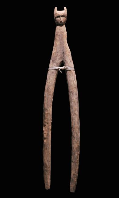 Massim canoe Fork