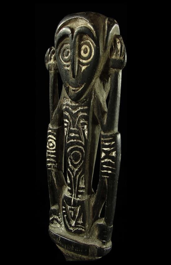 NEW GUINEA TRIBAL ARTS