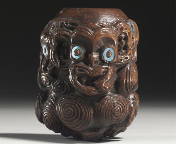 Maori pigment dish
