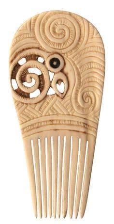 Maori combs
